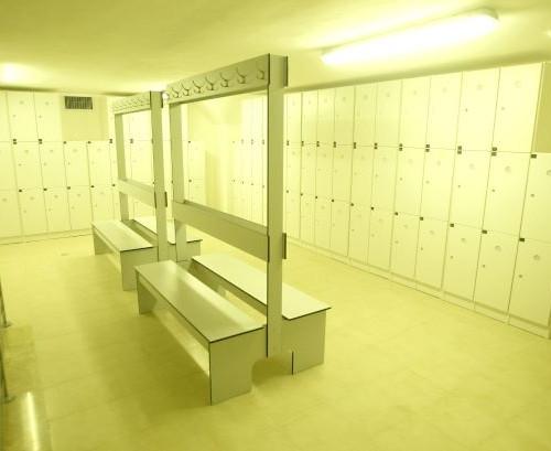 Lockers room חדר מלתחות