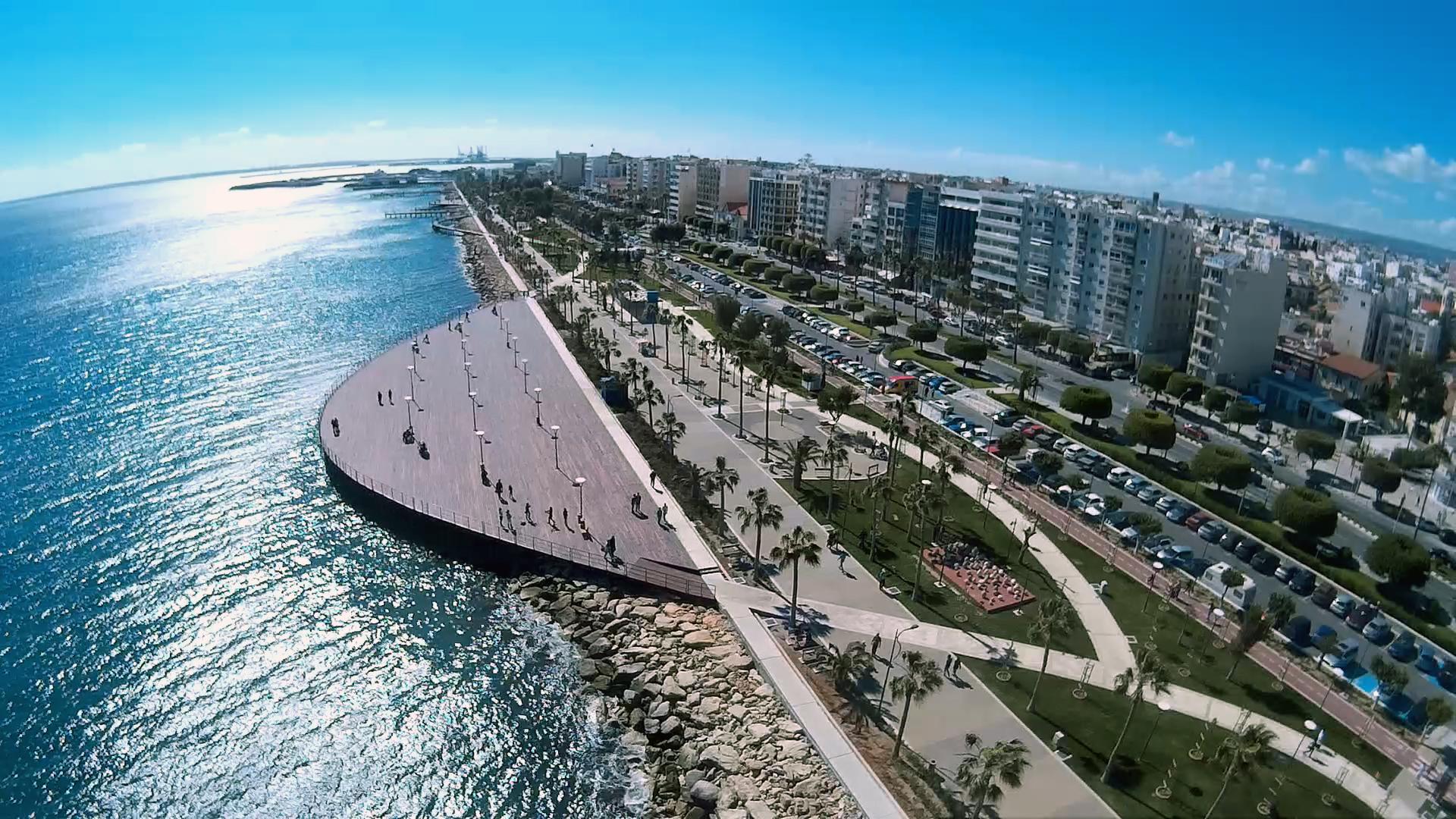 Multifunctional-Seaside-Park Limasso
