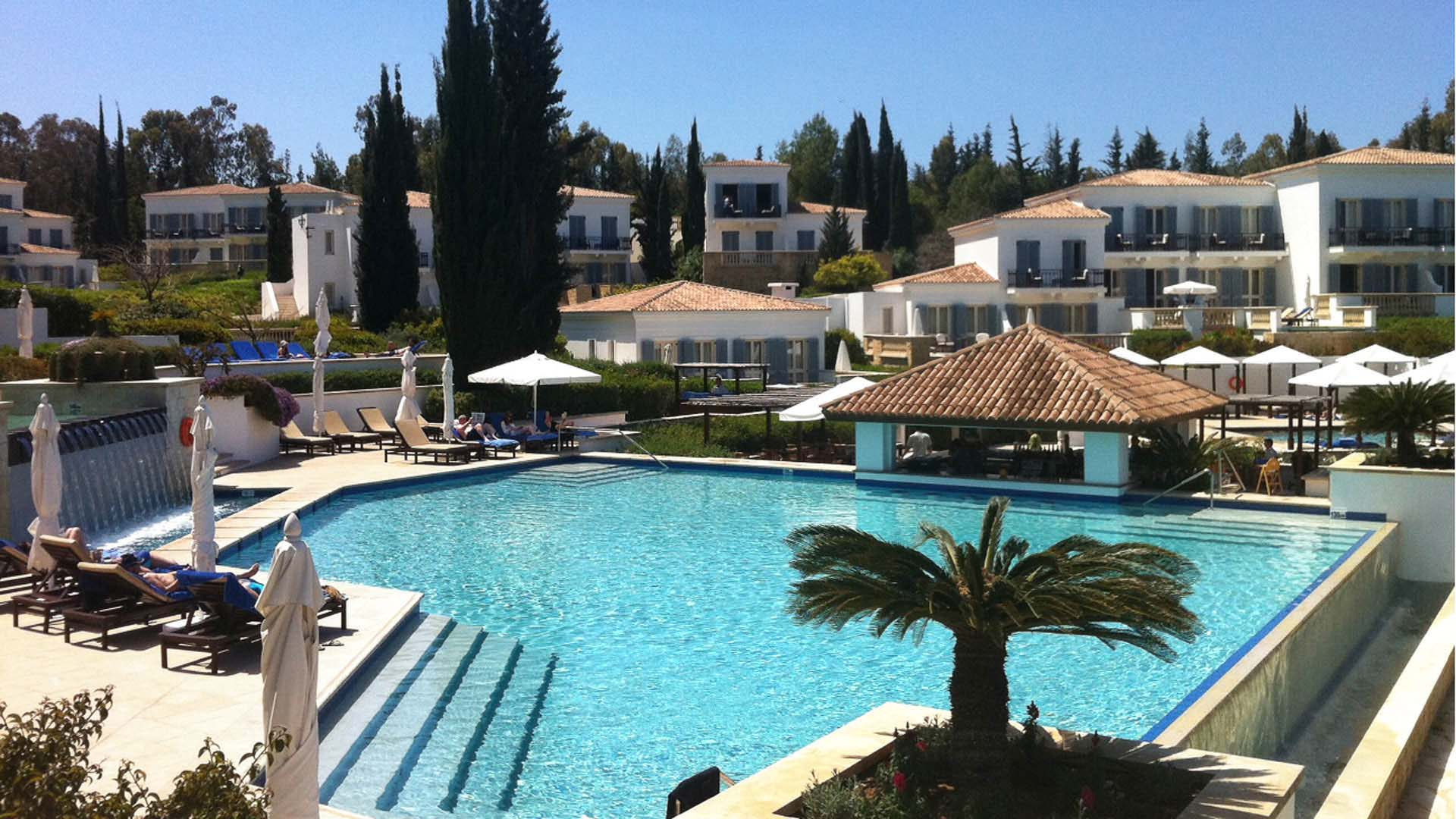anassa-pool-resort-77