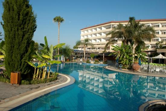 atlantica-bay-hotel
