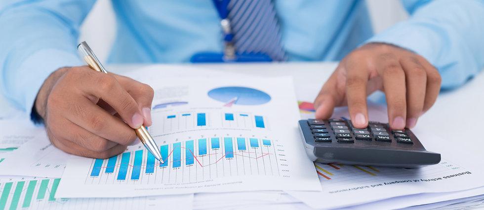 storyblocks-financial-manager-analyzing-