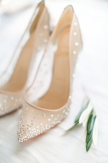 20 Stunning Jeweled Wedding Shoes for Al