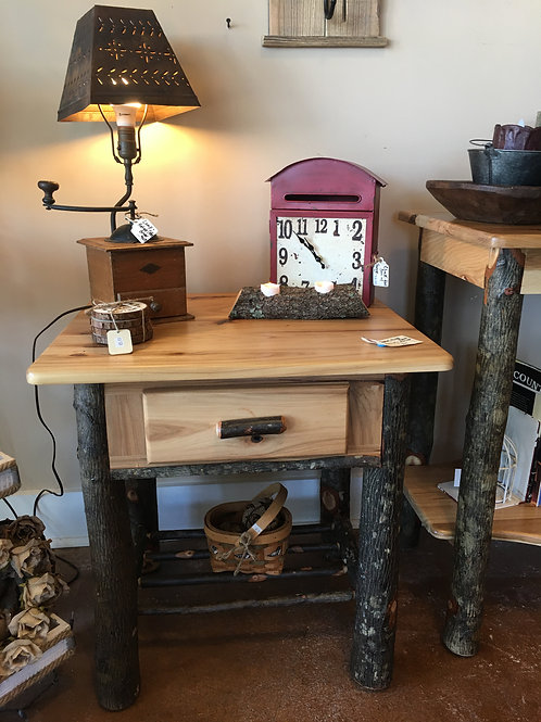 Amish-Made End Table/NightStand