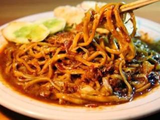 Liburan ke Bandung? Berikut 10 Kuliner Favorit yang Wajib Anda Coba !