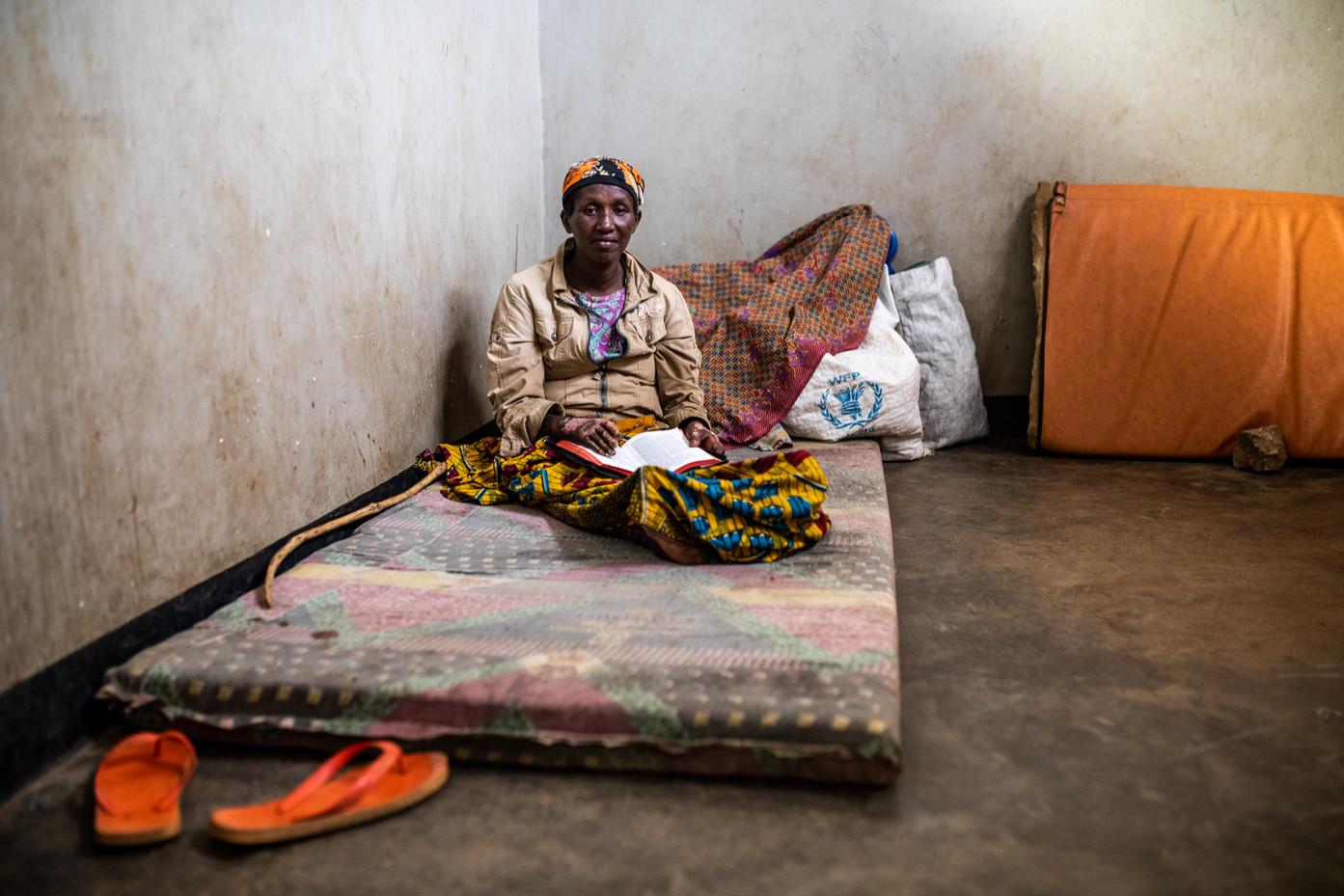 Khadja Irakoze from Burundi reads bible and gets comfort out of it.
