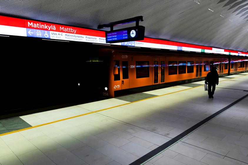 Matinkylän metro-asemalla on väljää.