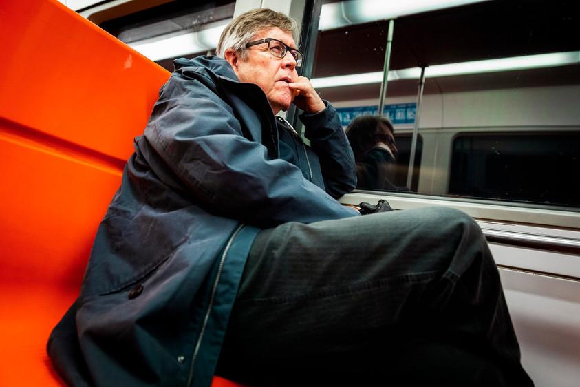 Markku Lönnqvist matkalla Matinkylään. Markku ihmettelee, miksi seniorilipun ikäraja on niin korkea kuin 70 vuotta.