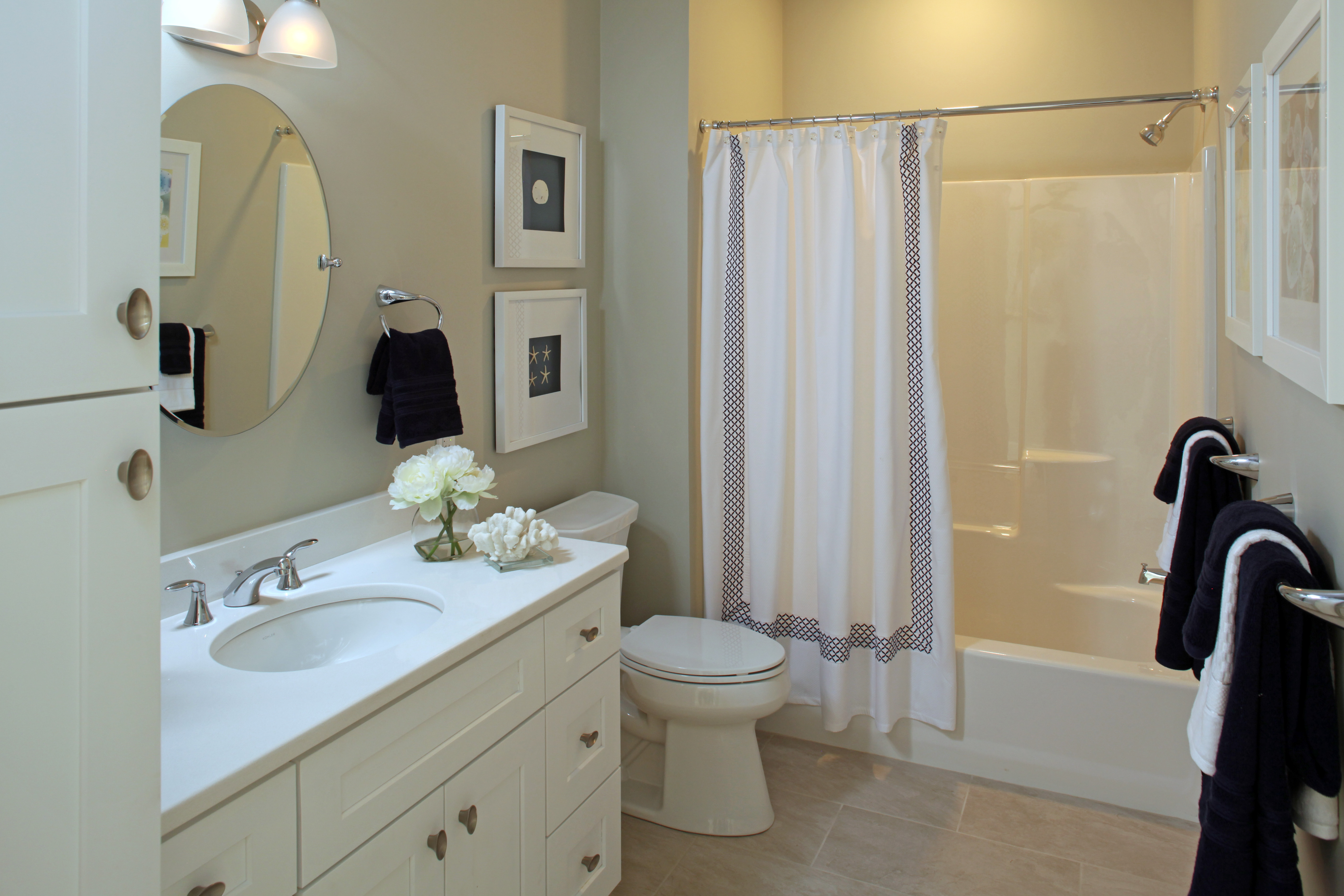 Sconset Landing Bathroom