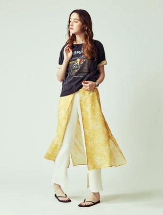 T-shirts ¥6,500+tax  Flower one piece ¥25,000+tax  Ridge cut and sewn pants ¥10,000