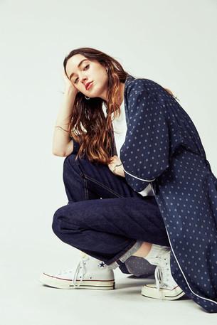 Gown ¥23,000+tax Waffle no-sleeve ¥7,000+tax Denim Pants ¥18,500+tax