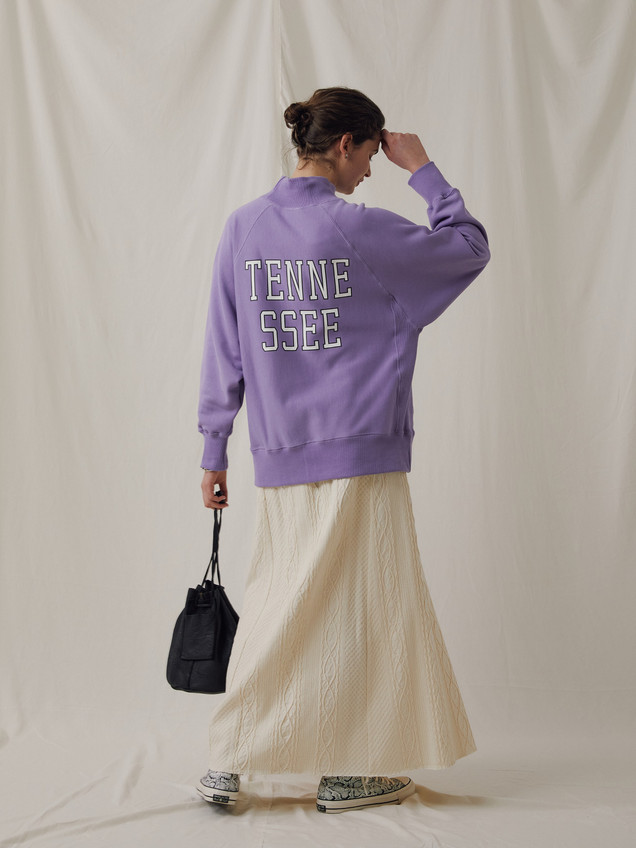 """TENNESSEE""High neck Sweat ¥16,000+tax. Cable jaquard Cut&Sewn Long Skirt ¥14,000+tax."