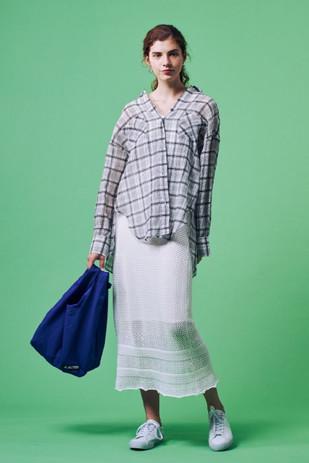 See-through Check Shirt¥18,000+tax Jacquard Rib 2WAY Tanktops¥5,000+tax Croched Lace Skirt¥12,000+tax 【ALTUS】Pocket Tote¥10,000+tax