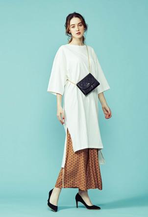 Oversize Onepiece-tee ¥9,000+tax Wide pants ¥20,000