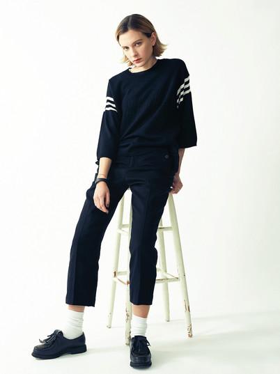 81 Knit Pullover ¥14,000+tax Wool Flare Pants ¥18,000+tax.