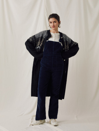 Nordic pattern&Cable knitting Long Cardigan ¥32,000+tax. Compact rib Henley neck Tops ¥11,000+tax. Corduroy Overalls ¥24,000+tax.