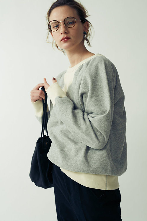 Big V-gazette Fake Suede Sweatshirt -FINAL SALE-