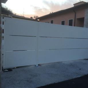 Cancello Pannelli Bianco.JPG