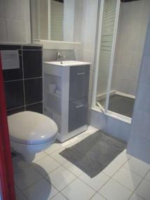 Salle d'eau appartement Pornichet T1 bis le Spi