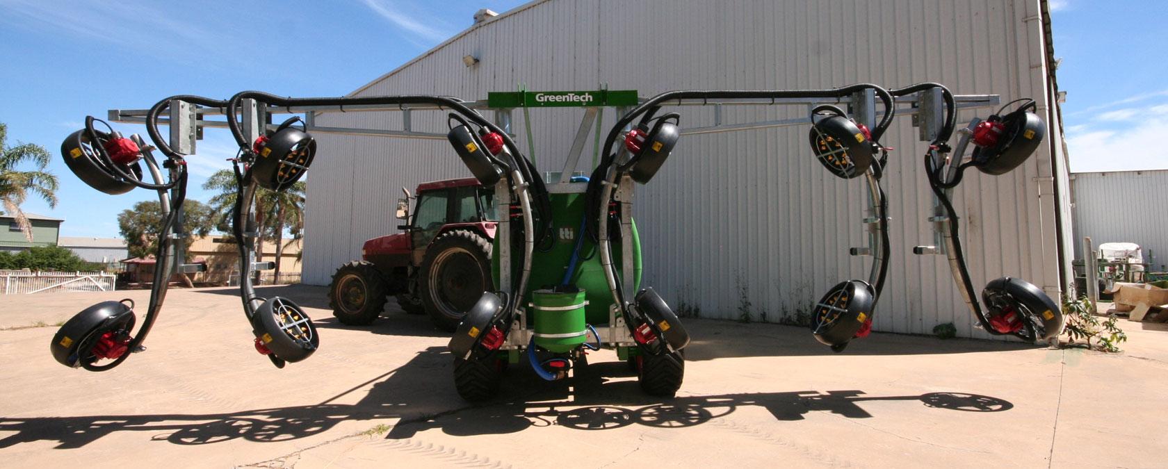 Rear Mast 3 Row Spray System