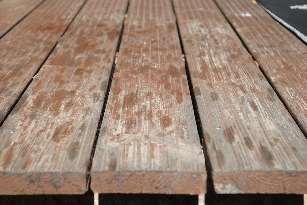 vernis-abimé-terrasse en teck
