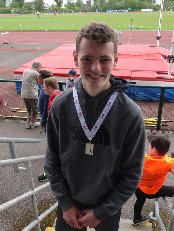 U17 boys 3000m East Wales