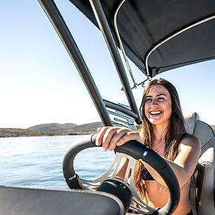 happy-female-driver-surf-boss2.jpg