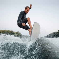 wakeboarder-slice-wave-gallery1