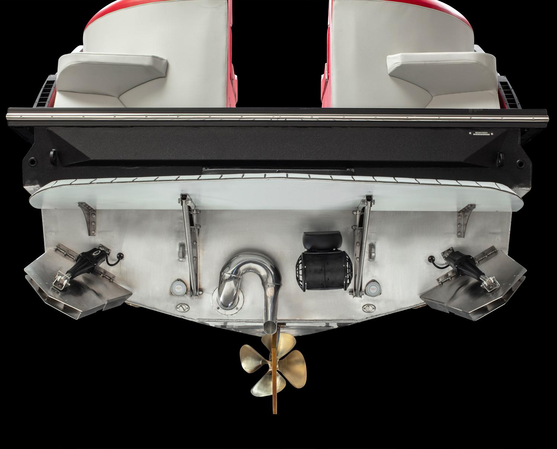 montara-surf-boss-23-loaded-transom