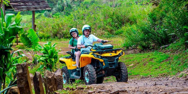 quad-biking-and-buggy-at-vallee-des-coul