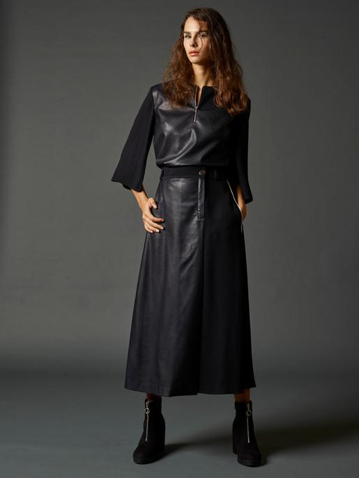 Kara blouse CJSS20B13 Kara skirt CJSS20S