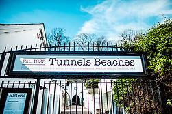 i_tunnels_sign_aw.jpg