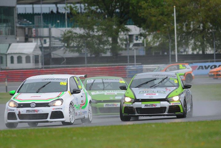 THM Racing - race 1 at Silverstone 2015
