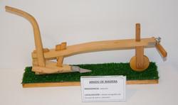 Arado de madera. grandas de salime (Asturias)