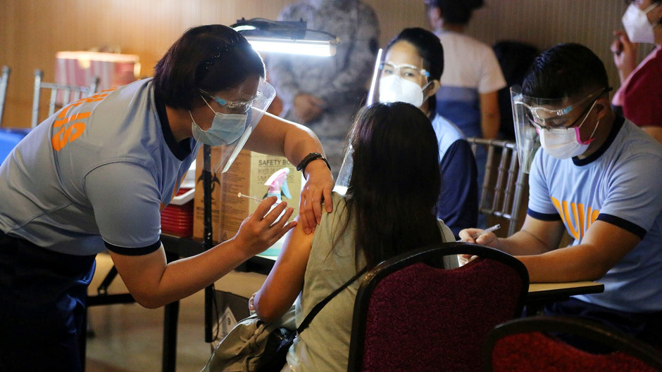 Baguio extends Covid-19 inoculation to 5 neighboring towns