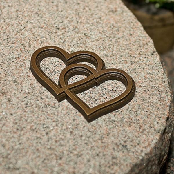bronshjärta_gravsten