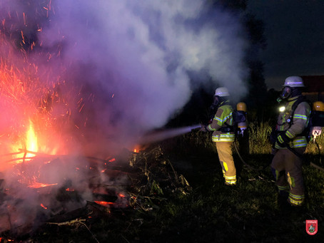 Offenes Feuer in Willing