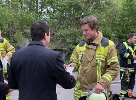 Zwei neue  Atemschutzgeräteträger in der Feuerwehr Stadt Bad Aibling