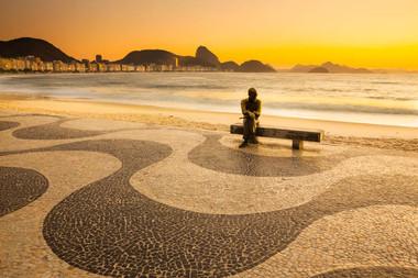 Estatua de Carlos Drummond de Andrade ao