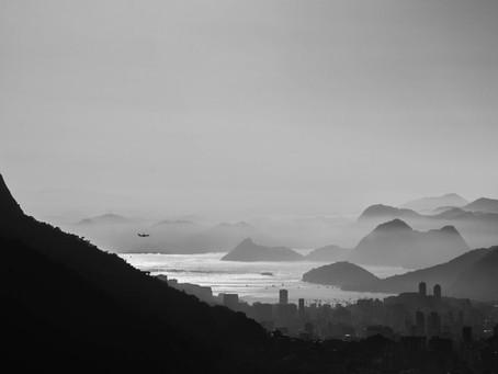 """Abrindo a Caixa Preta: O avião """"do"""" Santos Dumont."""