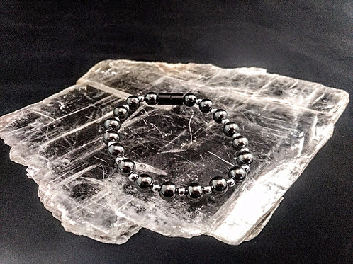 Magnetic Single Strand Bracelet