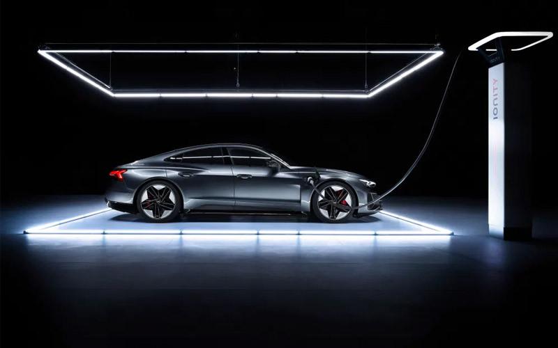 Audi desvela su e-tron GT 2022