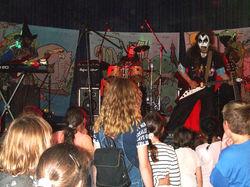 Dom Cybolai Live Montluel Monstre public flash