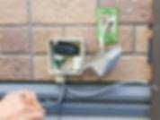 防犯カメラのイタズラ防止電源ボックスと化粧ダクト