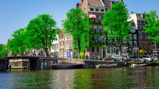 Canals in Amsterdam.jpg