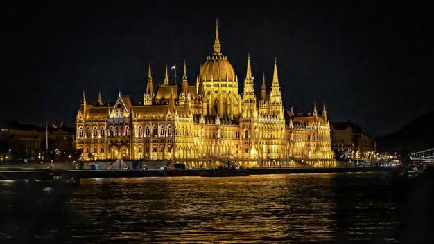 Parliament in Budapest.jpg