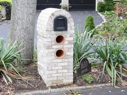 mailbox006lg.jpg