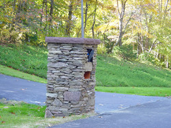 mailbox002lg.jpg