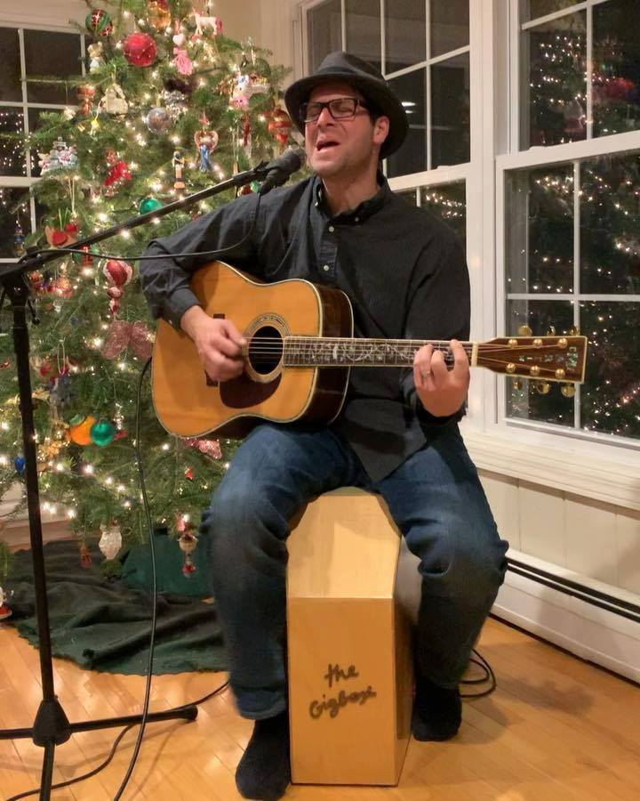 "Mark Pires singing his first original song ""I ask myself"" on The GigBox! originally written in 1997! Follow for follow back and our product page The GigBox www.gigboxstar.comUS Patent 9,165,541"