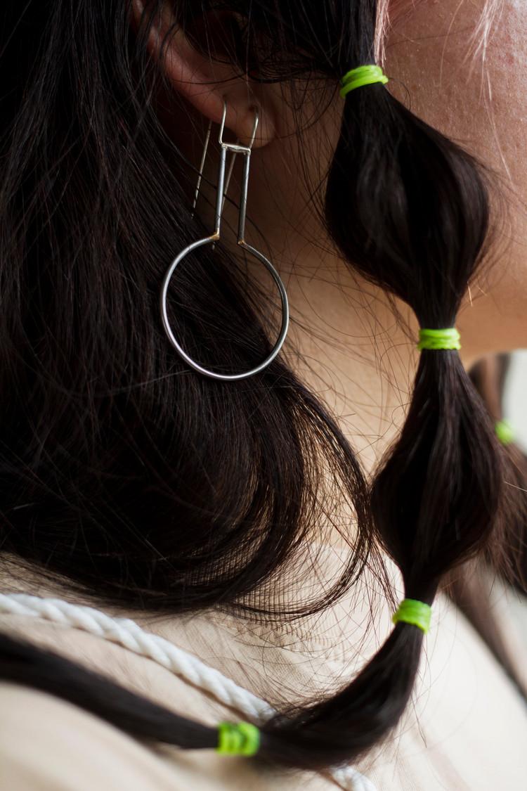 paloma earring detail