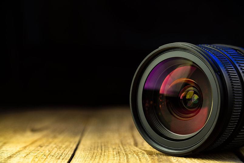 Camera-lens-669142.jpg
